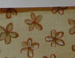 Ubrus - kyti�ky na sv�tle �lut� 120x120cm - zv�t�it obr�zek