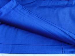 sat�n - modr� - zv�t�it obr�zek