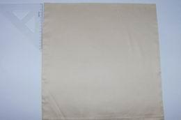 Povlak na polštáøek  - bílý damašek