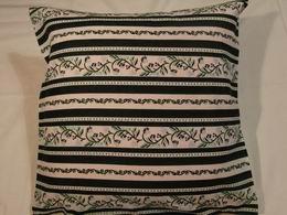 bavlnìný tisk - borùvkové kytièky v zelených pruzích