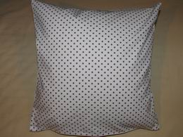 bavlnìný tisk - fialový puntík na bílé