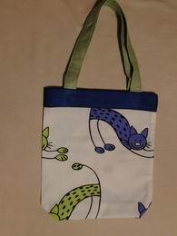 Taška - dìtská - zelené koèky s modrým pruhem