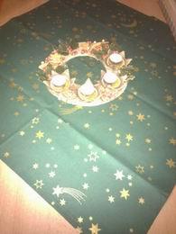 vánoèní ubrus - hvìzdièky na zelené 70x70cm