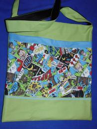 zelená taška s komixem