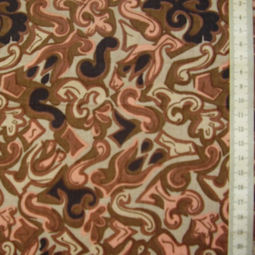 šatovka - hnìdé ornamenty na svìtle hnìdé - zvìtšit obrázek