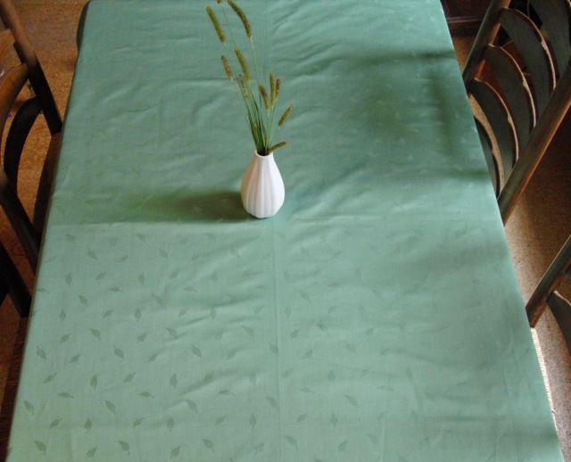 Ubrus - zelený damašek 155x135cm - zvìtšit obrázek