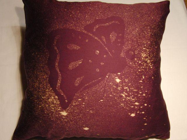 fialová - motýl - zvìtšit obrázek