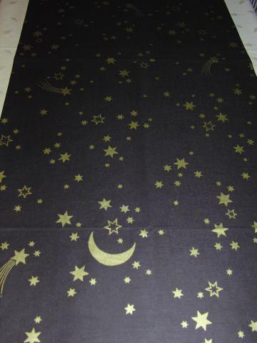 vánoèní ubrus - hvìzdièky na hnìdé 150x45cm - zvìtšit obrázek
