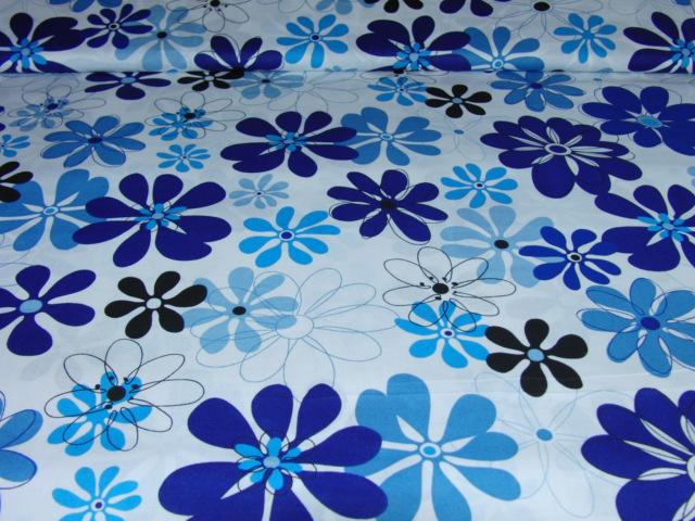 Bavlnìný tisk - kvìtiny v modré na bílé - zvìtšit obrázek