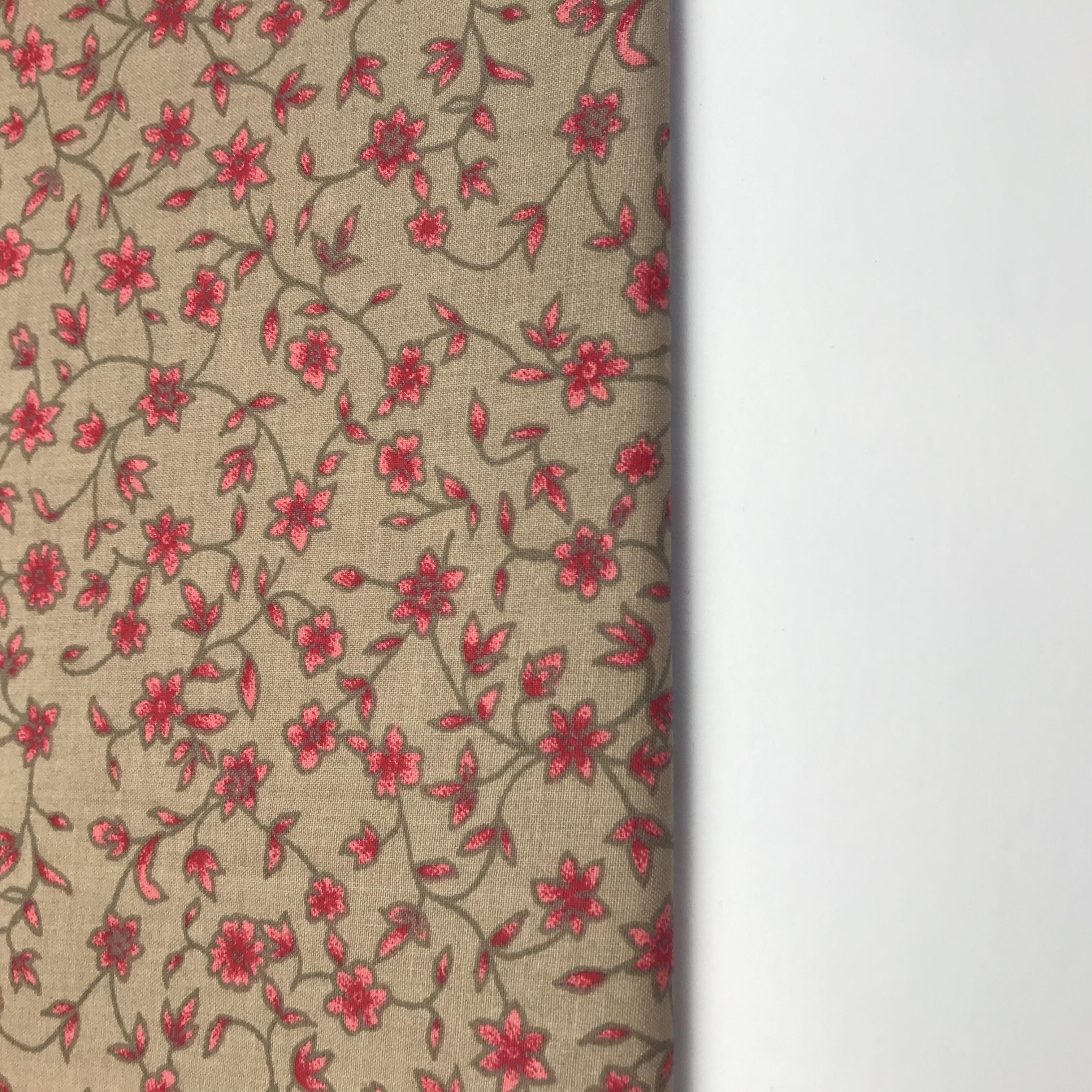 Zuzanka- èervené kytièky na béžové - zvìtšit obrázek